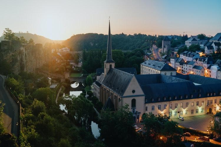 Agence matrimoniale de rencontres à Luxembourg | Macbeth
